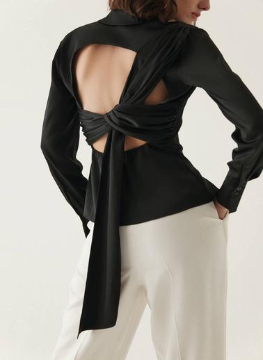 Rue Sırtı Drape Detaylı Gömlek Siyah